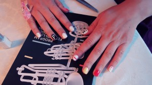 Easy  DIY  nailpolish  fashion  tutorial