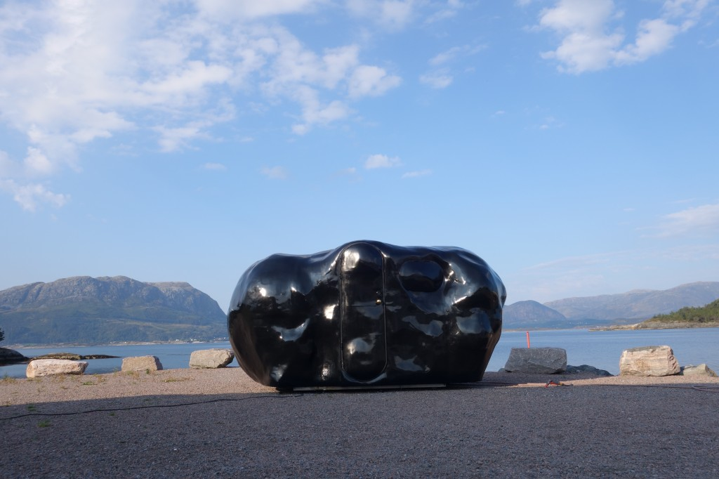 O the healing lump på kaia i Grytøyra