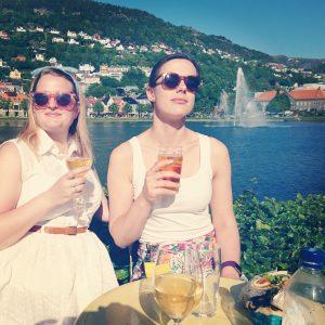 Festspel  og  solsteik